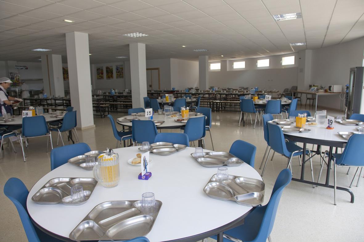 Quart concede 249 becas de comedor un 12 m s que el for Proyecto de cafeteria escolar