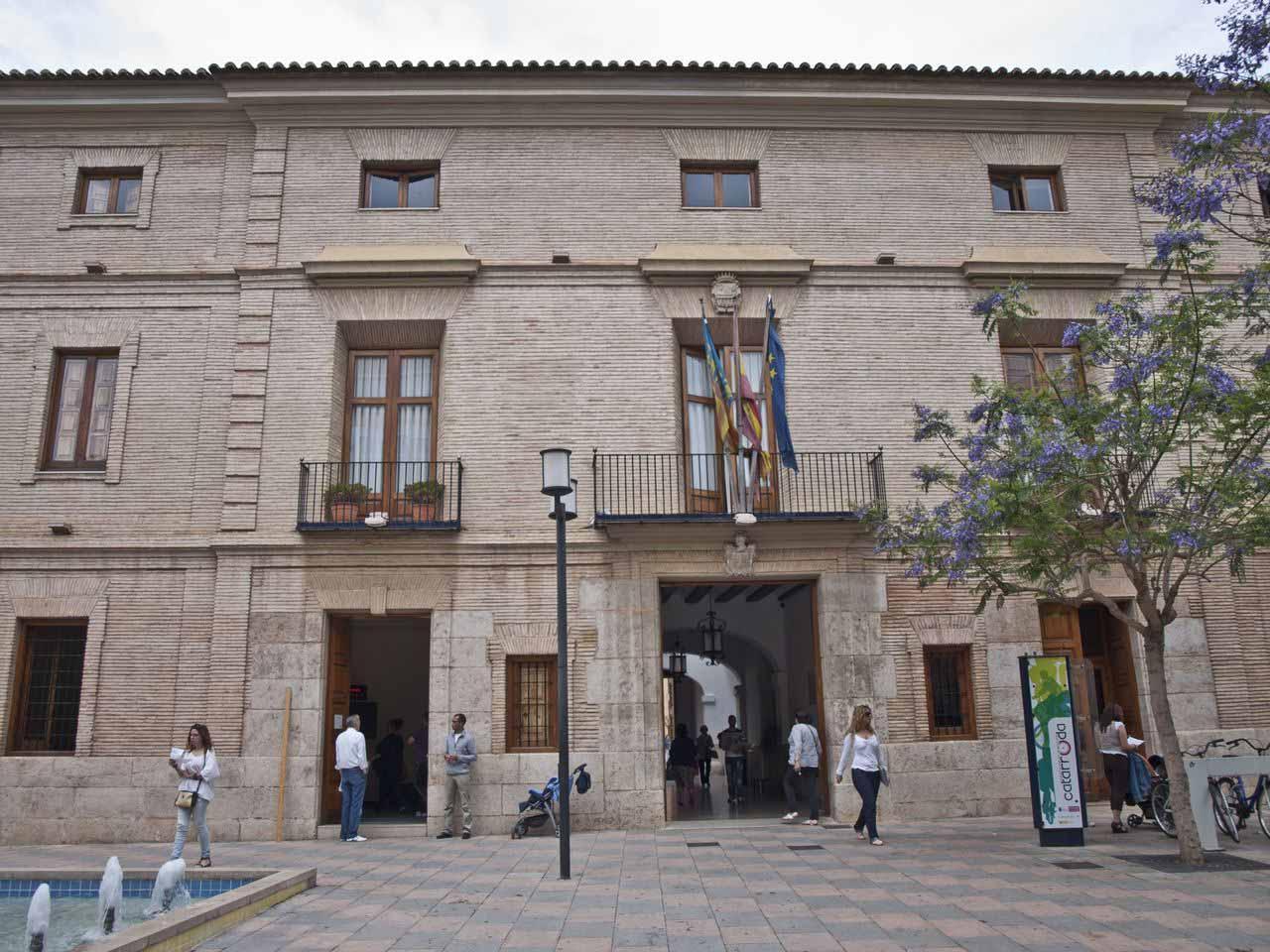 Catarroja baja el recibo del IBI un 6% para 2015 - El Meridiano L'Horta