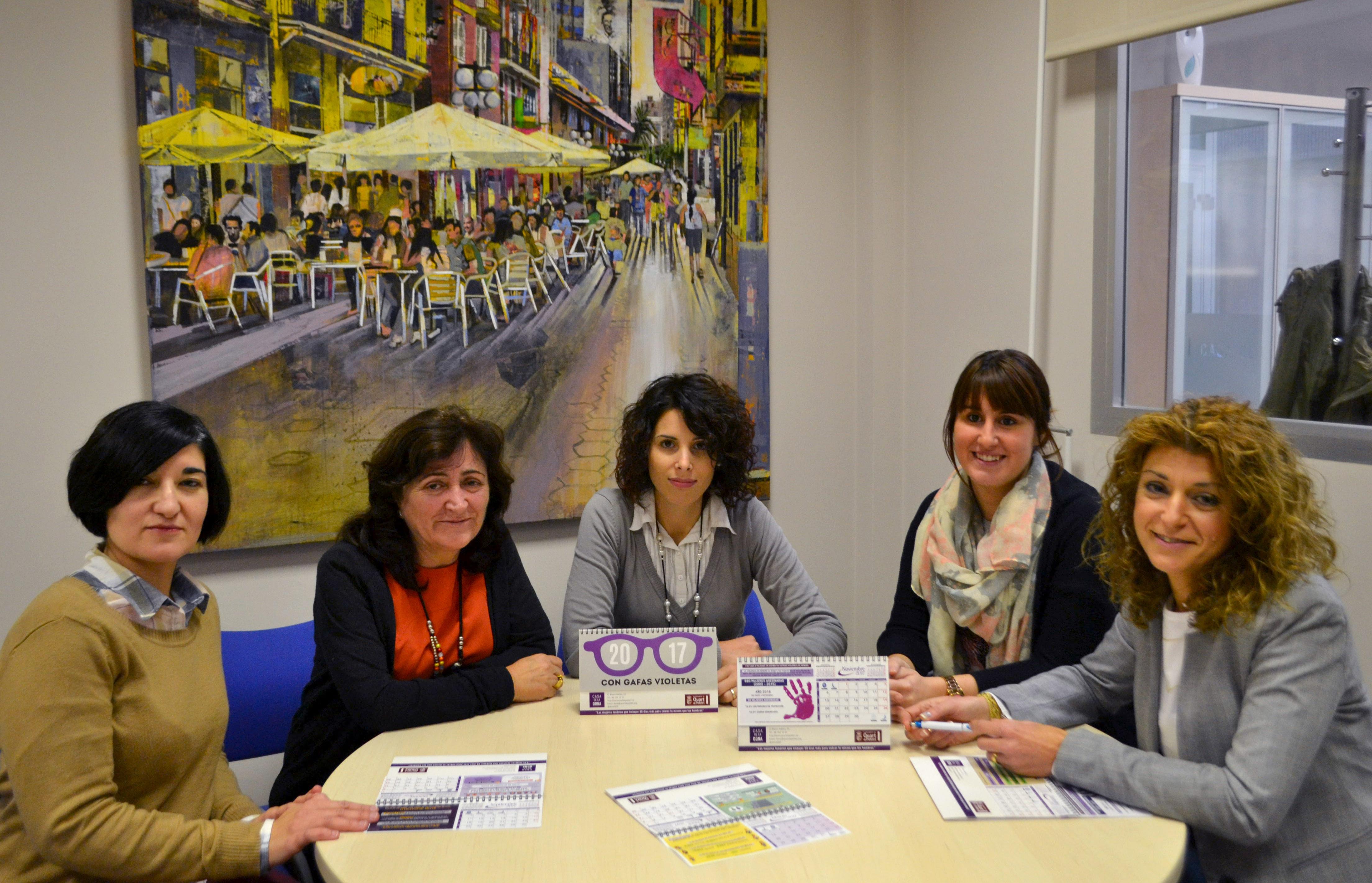 Quart edita un calendario que retrata las ámbitos sociales discriminatorios de las mujeres
